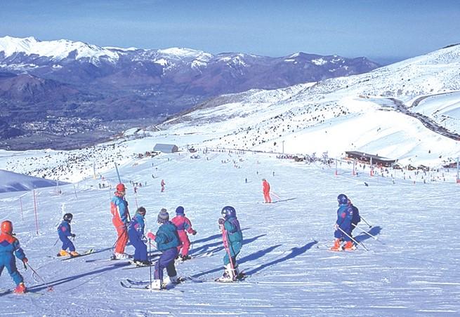 location ski hautacam