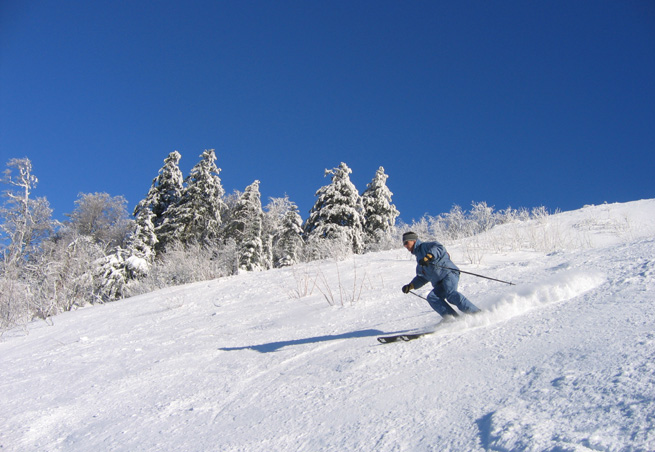 station de ski besse super besse massif central puy de d me vacances. Black Bedroom Furniture Sets. Home Design Ideas