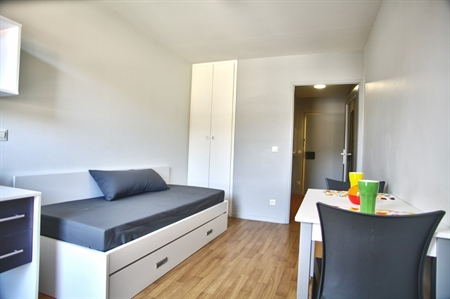 Stud a bordeaux bastide 33150 cenon r sidence for Appartement universitaire bordeaux