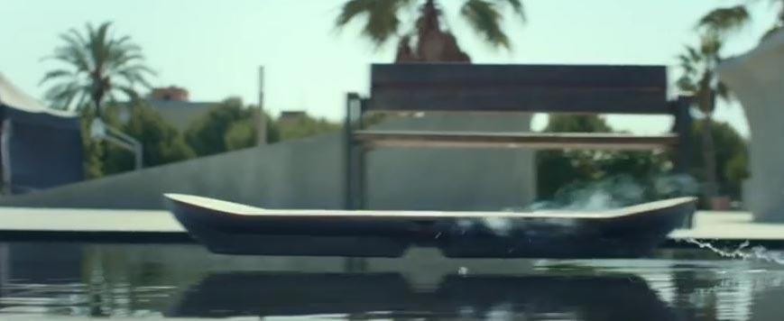 Skateboard à lévitation magnétique : le test en live