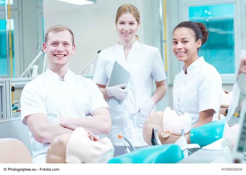 Réforme des études de médecine : les décrets sur le point d'être publiés
