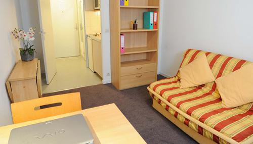 les estudines charles de gaulle 93500 pantin r sidence service tudiant. Black Bedroom Furniture Sets. Home Design Ideas