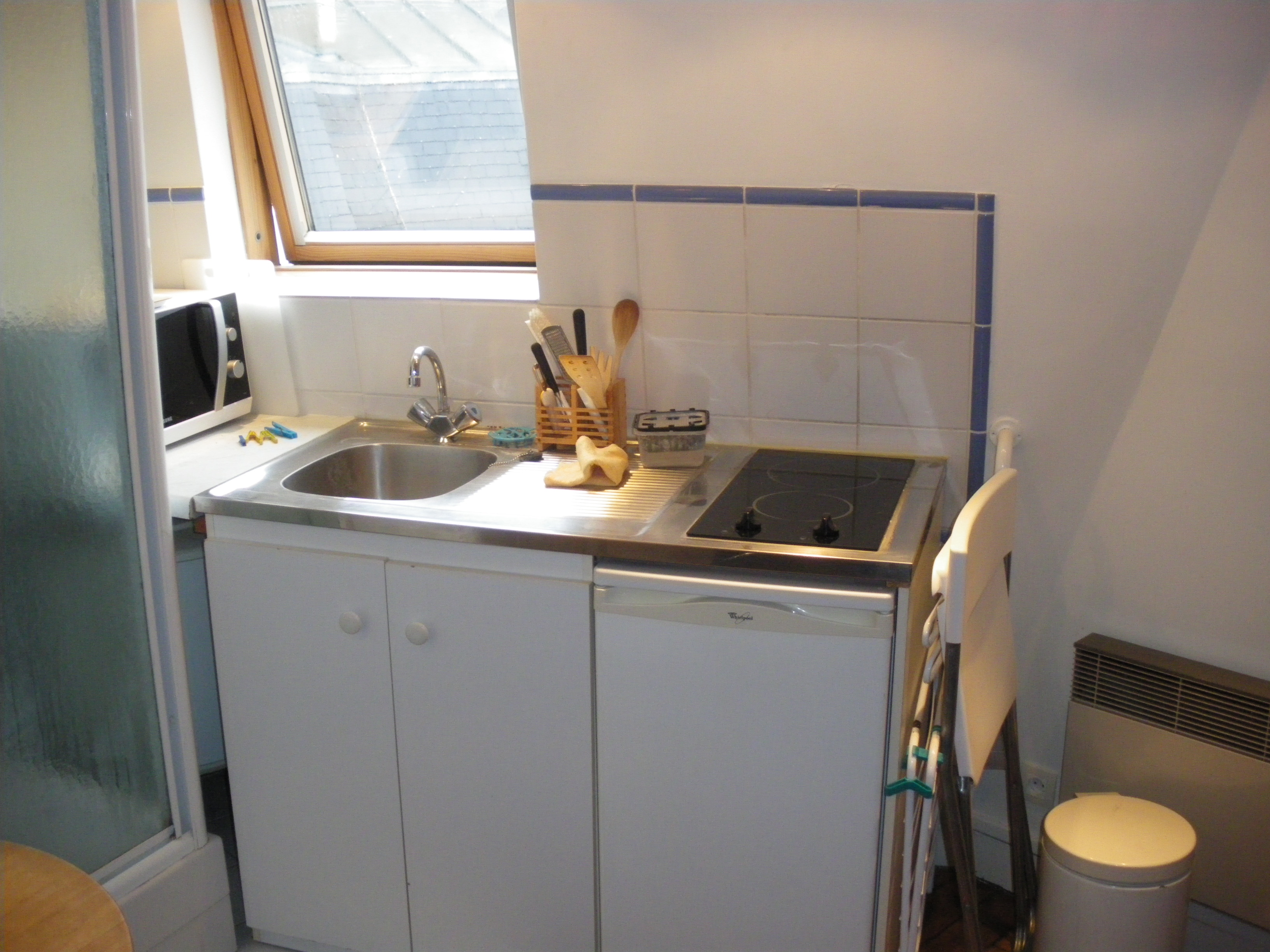 Location tudiant location studio meubl paris 16 for Appartement meuble paris 16