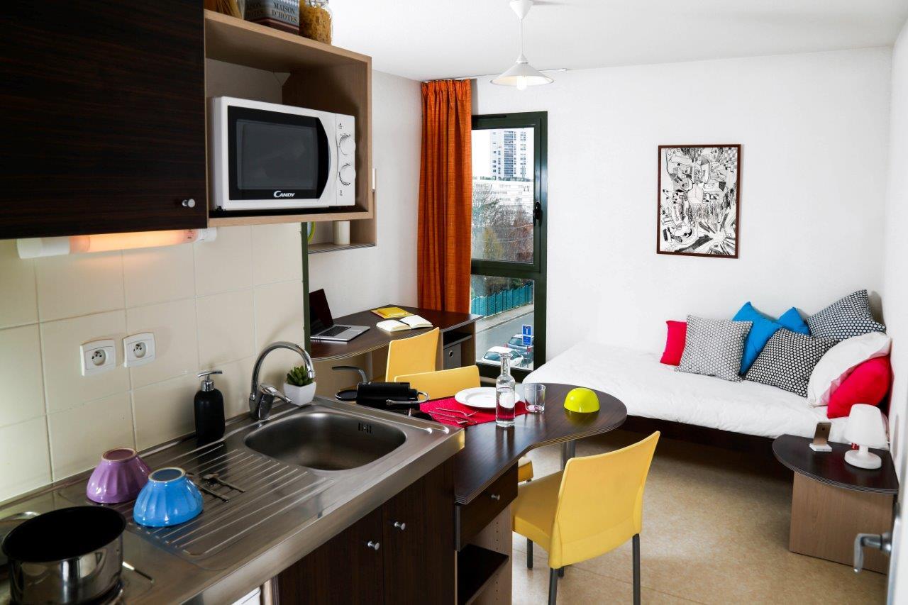 centre ville 15 bis rue fontenille t1 meubl kitchenette quipe dans la rsidence avec services capetudes fontenille rgisseur sur place digicode