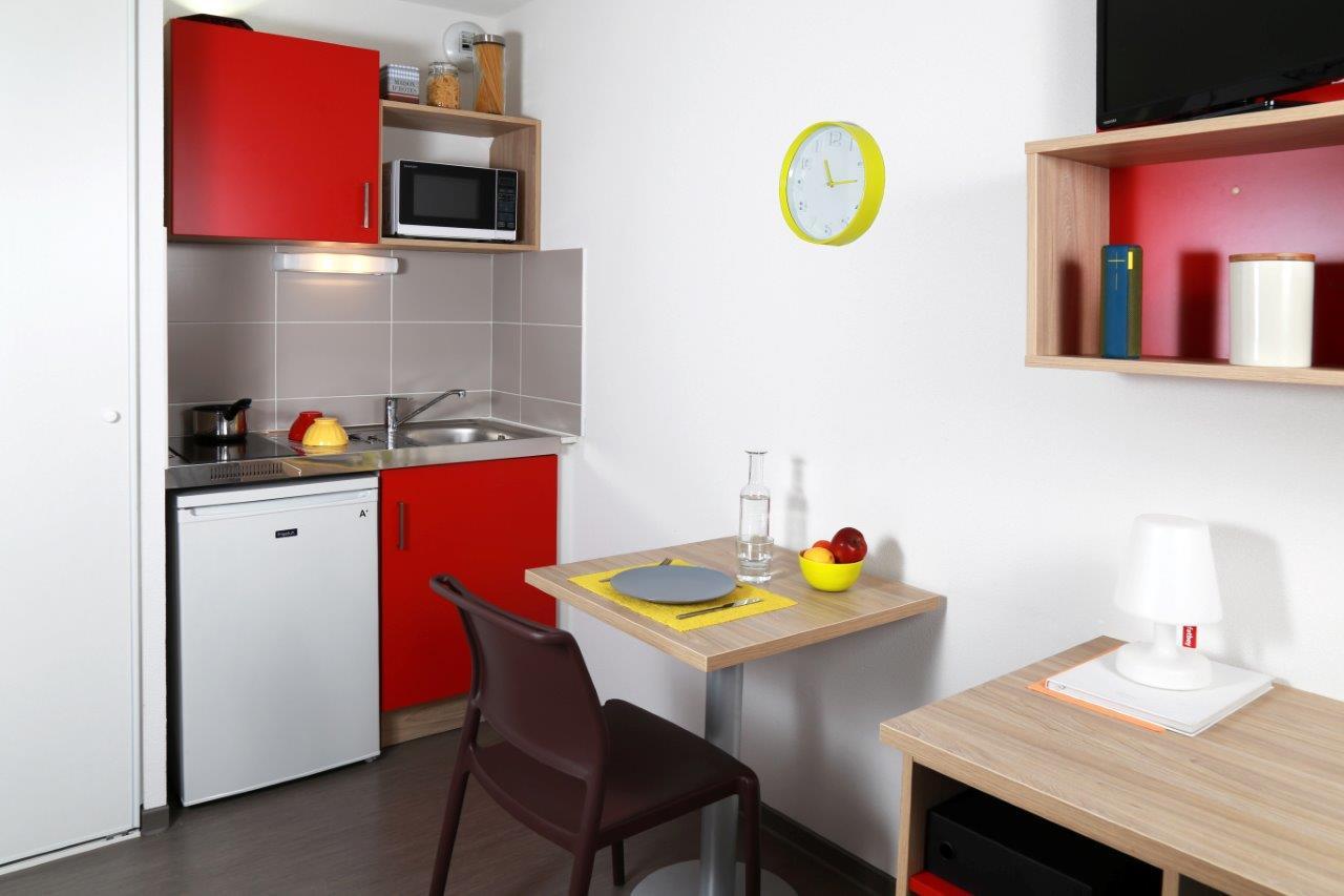 cap 39 etudes timone ii 13005 marseille r sidence service tudiant. Black Bedroom Furniture Sets. Home Design Ideas