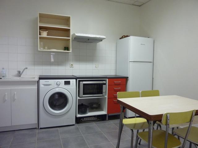 location tudiant location 2 chambres tudiant le mans. Black Bedroom Furniture Sets. Home Design Ideas