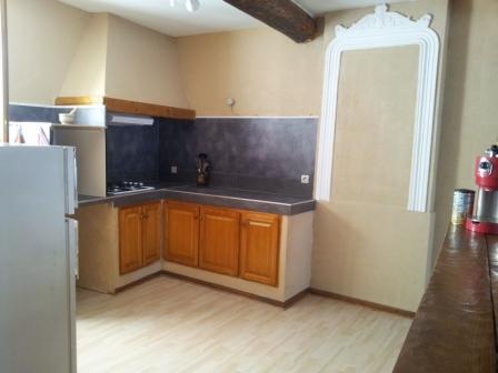 location tudiant appartement t3 meubl avec garage. Black Bedroom Furniture Sets. Home Design Ideas