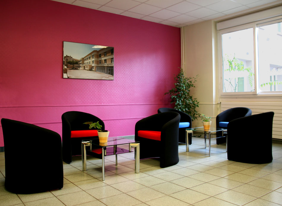 R sidence le cours moreau 71000 macon r sidence for Appart hotel salon